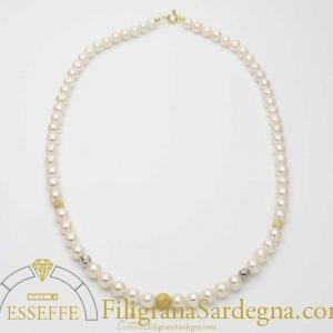 Collana di perle d'acqua dolce con intercalari