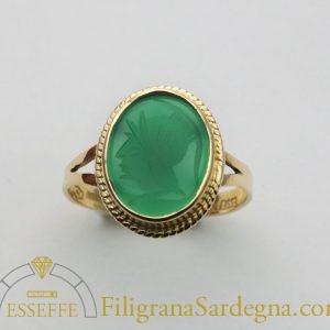 Anello con corniola verde filigrana