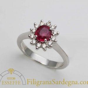 Anello con rubino e diamanti 2