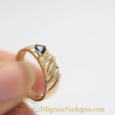 Anello diamantini e zaffiro