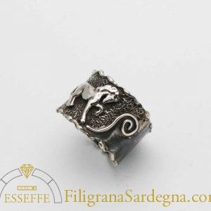 Anello in argento con cavallo
