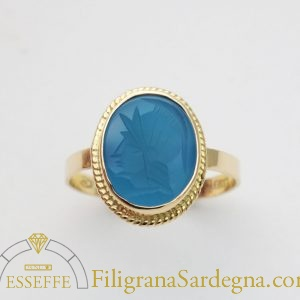 Anello in oro con agata blu filigrana