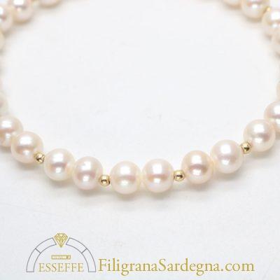 Bracciale con perle bianche