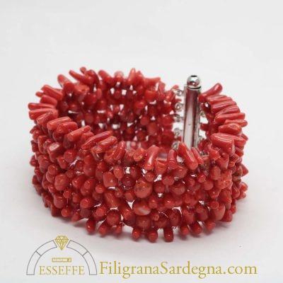 Bracciale in argento con sassi di corallo