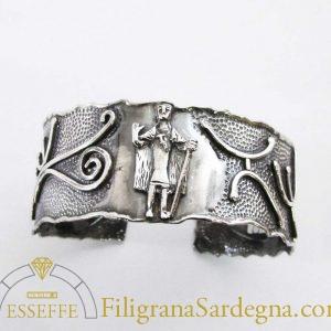 Bracciale rigido in argento con bronzetto