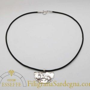 Ciondolo brunito in argento con cavallo - Mezzaluna