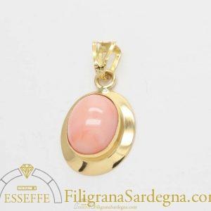 Ciondolo con corallo rosa