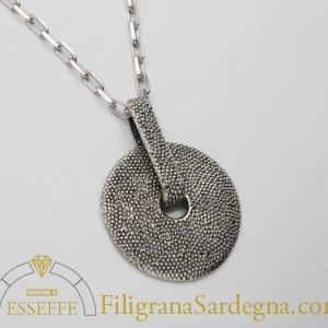 Ciondolo in argento con granulazione
