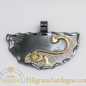 Ciondolo in argento e oro con segno zodiacale scorpione