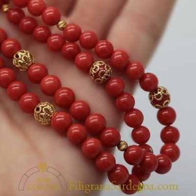 Collana con due fili di corallo rosso Sardegna e filigrana d'oro