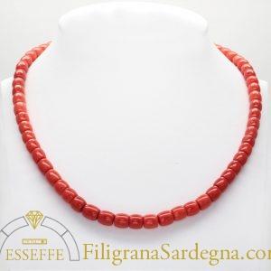 Collana di corallo rosso a botte