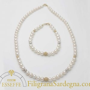 Collana di perle con intercalari in parure