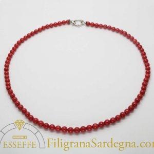 Collana in corallo rosso con chiusura in argento