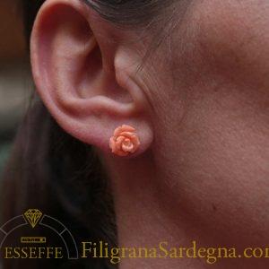 Orecchini a rosellina di corallo rosa