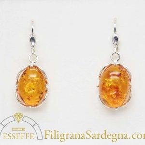 Orecchini in argento con ambra baltica naturale