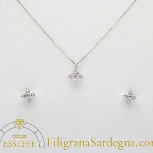 Parure girocollo e orecchini con diamanti