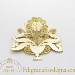 Spilla con calice e fiore in filigrana d'oro